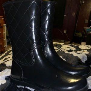 Sperry rain boots